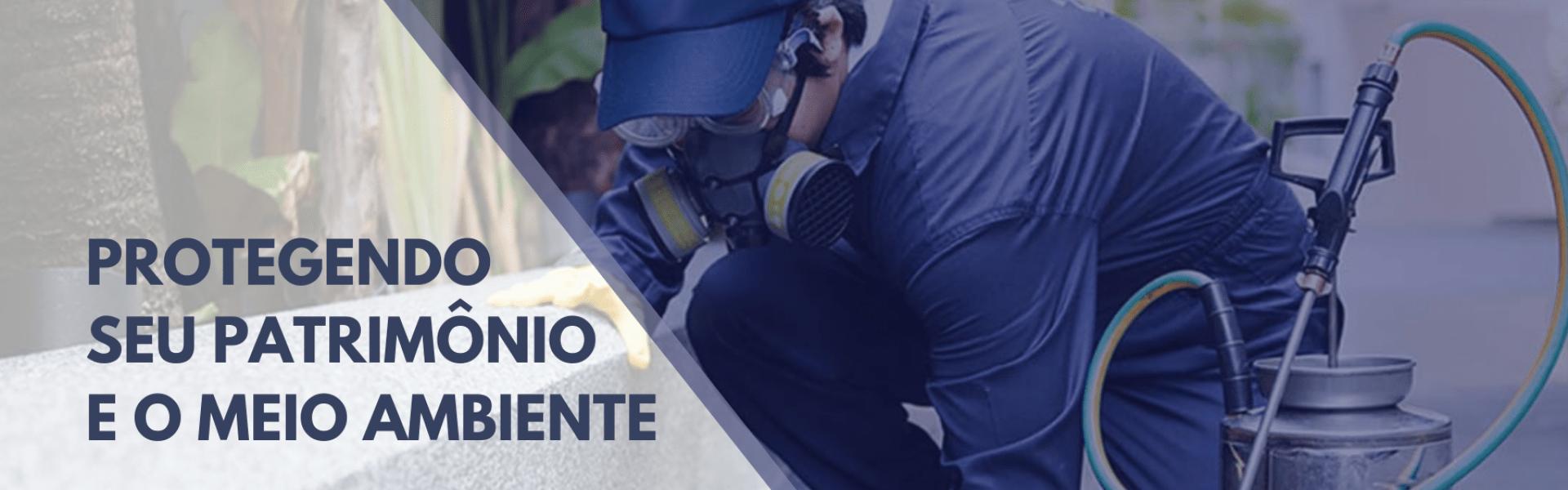 Técnico de dedetizadora fazendo dedetização em Franco da Rocha